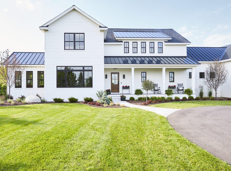 . Modern Farmhouse   BCD Homes